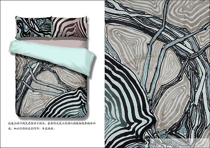 此床品设计灵感来源于树木,表现形式是以流动性的粗细线条组合而成,加上淡雅的色彩修饰,丰富画面。